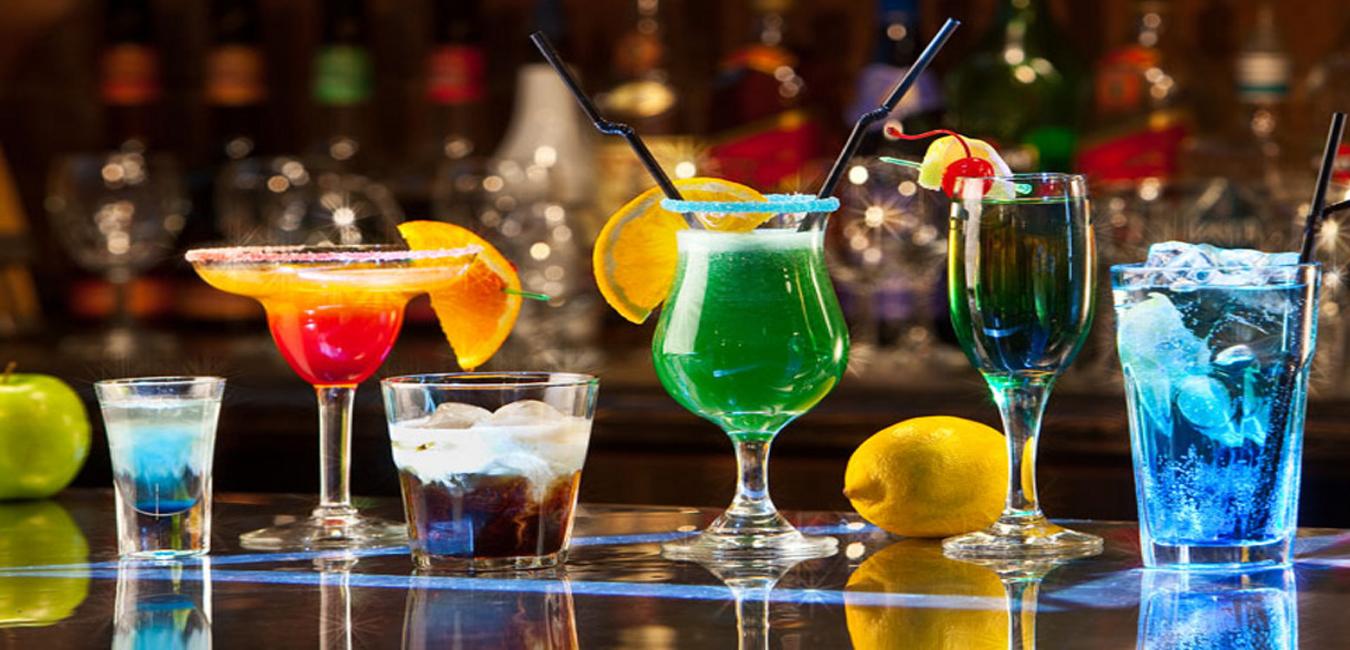 Cum sa gazduiesti o petrecere tip cocktail
