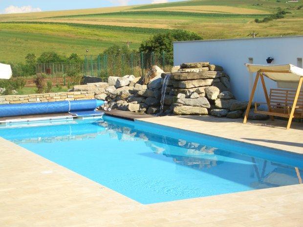 Amplasarea piscinelor