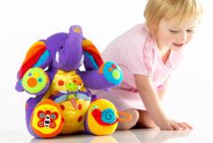 De ce prefera copiii jucariile interactive?